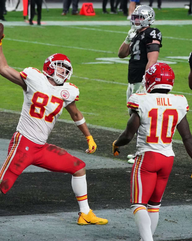 Nov 22, 2020; Paradise, Nevada, USA; Kansas City Chiefs tight end Travis Kelce (87) celebrates his touchdown pass scored against the Las Vegas Raiders during the second half at Allegiant Stadium. Mandatory Credit: Kirby Lee-USA TODAY Sports