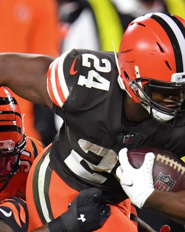 Options for Cleveland Browns Approaching Nick Chubb's Future