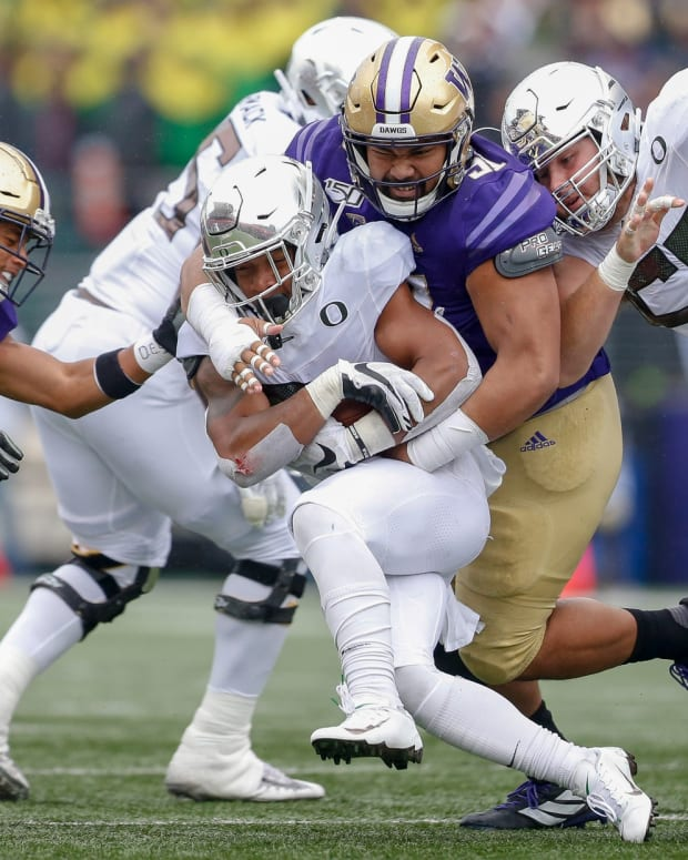 The UW defensive tackle (91) hasn't played yet this season for reasons unknown.