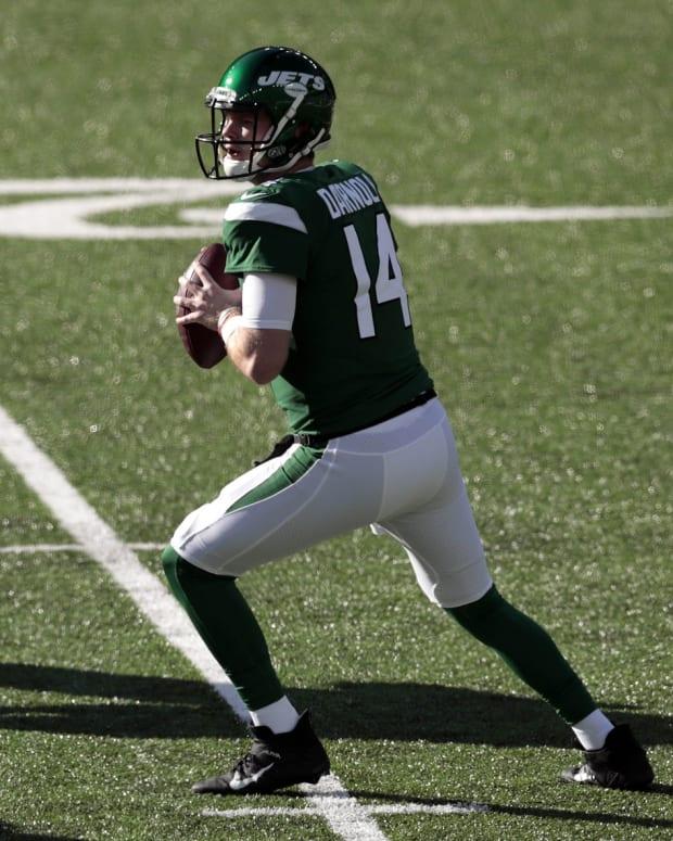 Jets QB Sam Darnold in the pocket