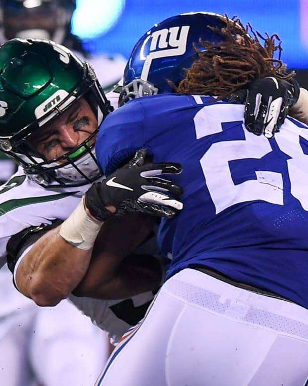 Jets LB Blake Cashman makes tackle vs. Giants