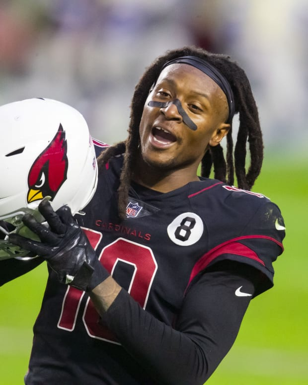 Arizona Cardinals wide receiver DeAndre Hopkins (10) argues with a referee against the Los Angeles Rams in the second half at State Farm Stadium.