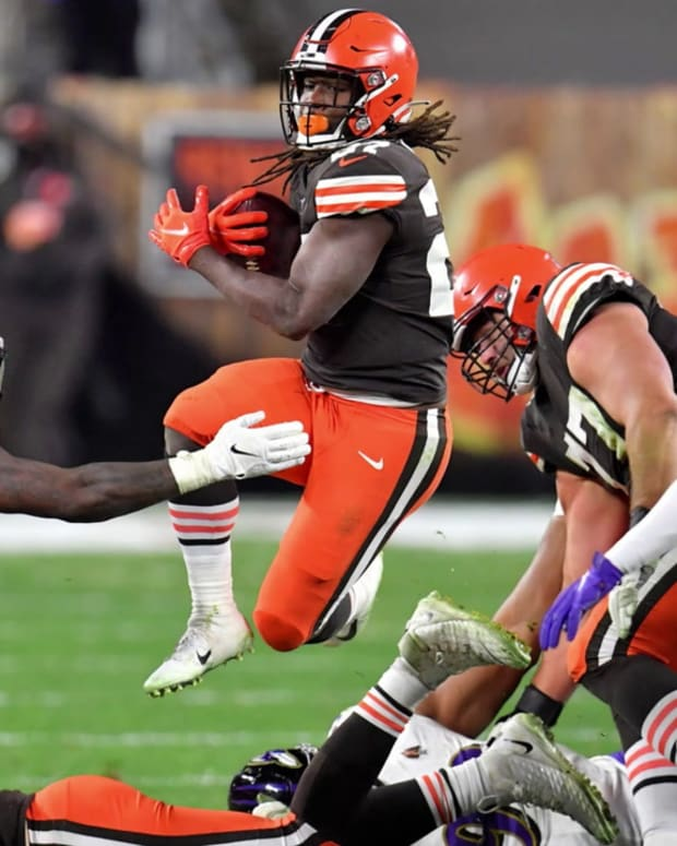 The Full Kareem Hunt On Display For Cleveland Browns Against Baltimore Ravens