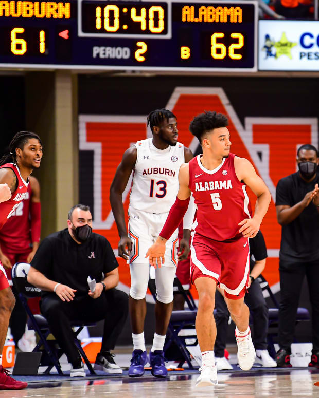 January 9, 2021, Alabama basketball guard Jaden Shackelford against Auburn in Auburn, AL.