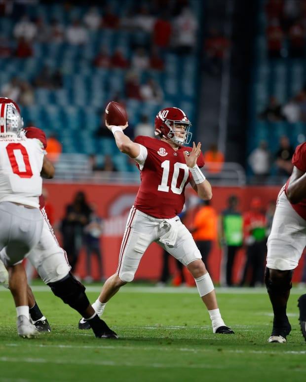 January 11, 2021, Alabama quarterback Mac Jones in CFP National Championship in Miami, FL.