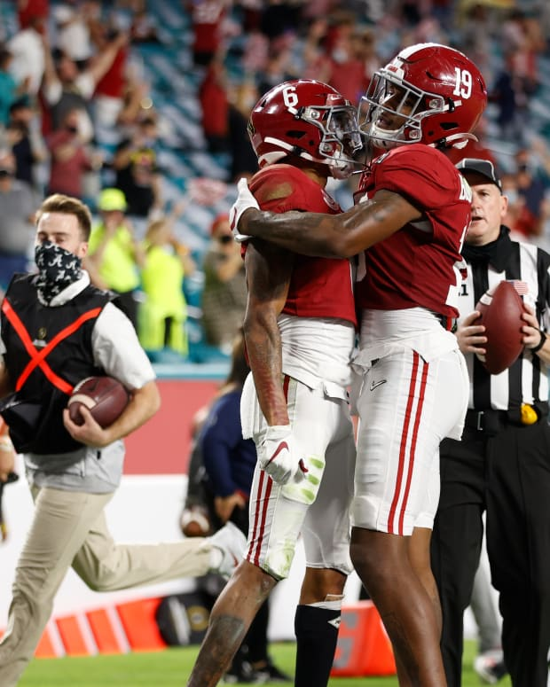 January 11, 2021, Alabama tight end Jahleel Billingsley and wide receiver Devonta Smith in CFP National Championship in Miami, FL.
