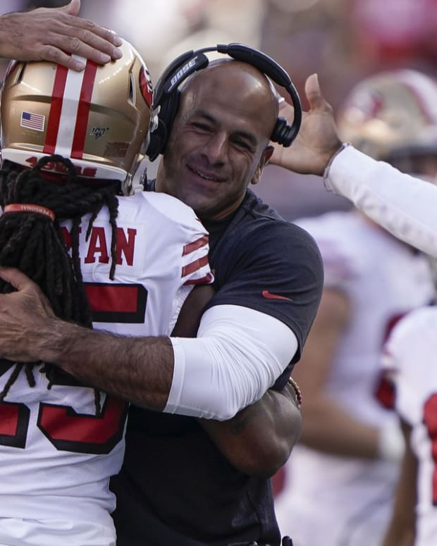 49ers Richard Sherman hugs Robert Saleh