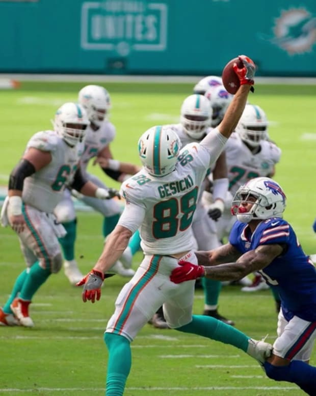 MIAMI_DOLPHINS_2020_TOP_OFFENSIVE_PLAYS-60019fc1dfea140bda398600_Jan_15_2021_20_40_00