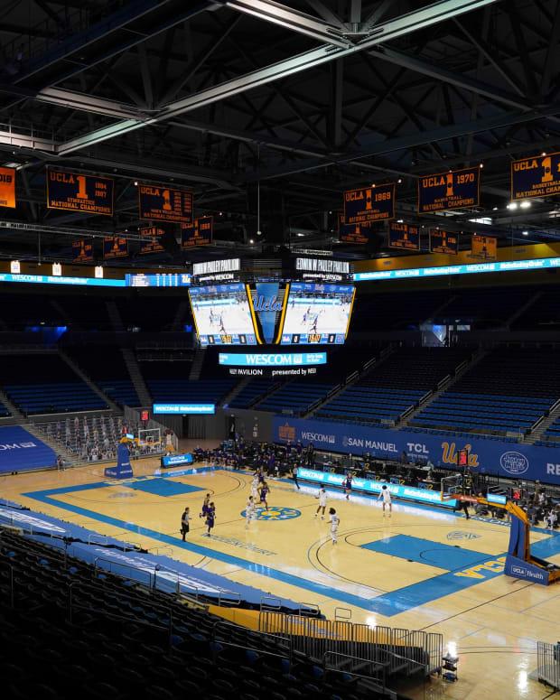 UW plays UCLA at Pauley Pavilion.