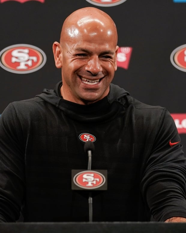 Jets new head coach Robert Saleh smiling