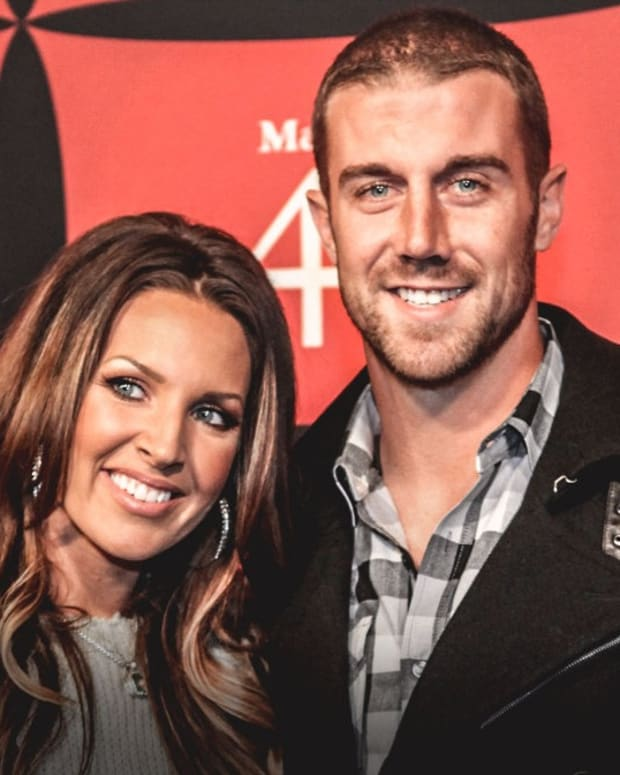 Redskins-video-Alex-Smith_s-wife-posts-touching-video-of-one-year-anniversary-of-gruesome-leg-injury