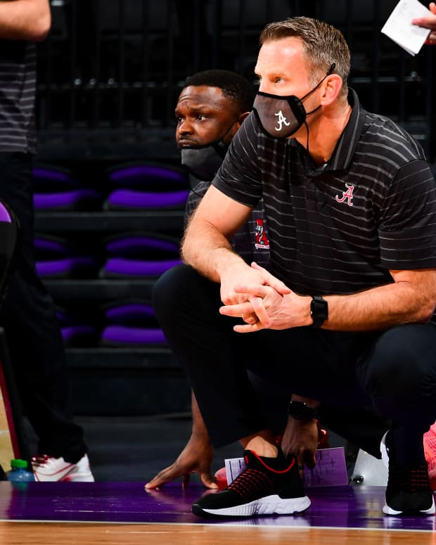 January 19, 2021, Alabama basketball head coach Nate Oats looks on during the LSU game in Baton Rouge, LA.