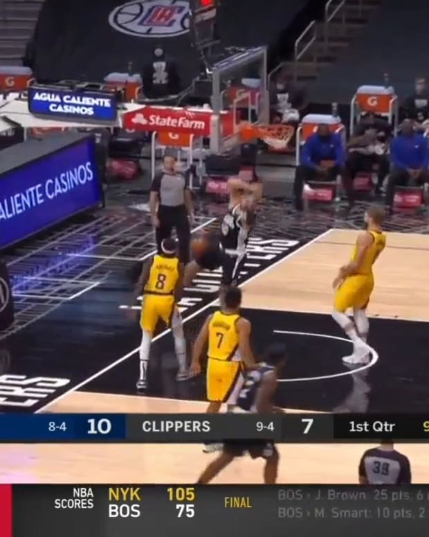 Clippers pulled Sabonis away from paint