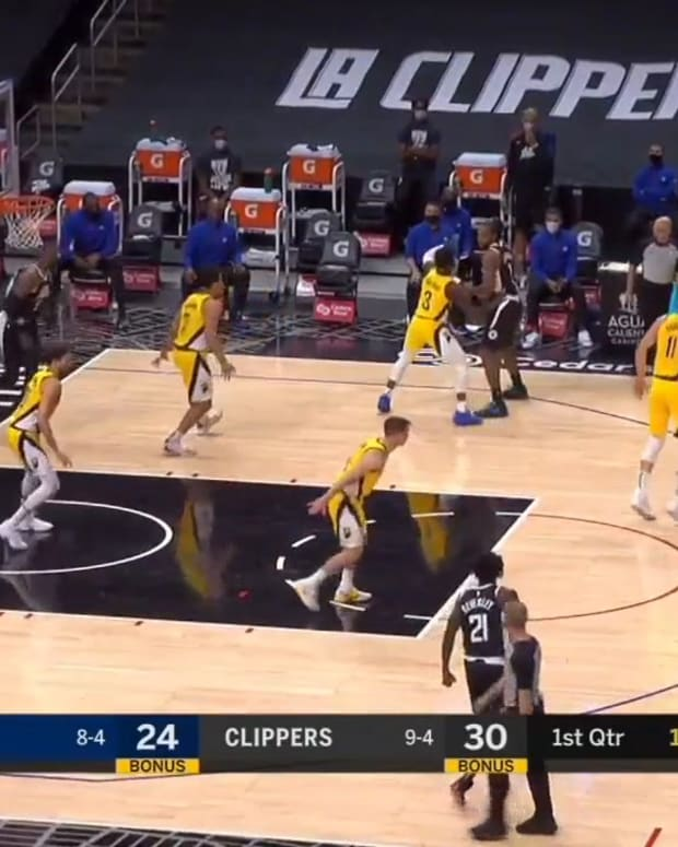 Pacers double teams vs Clippers