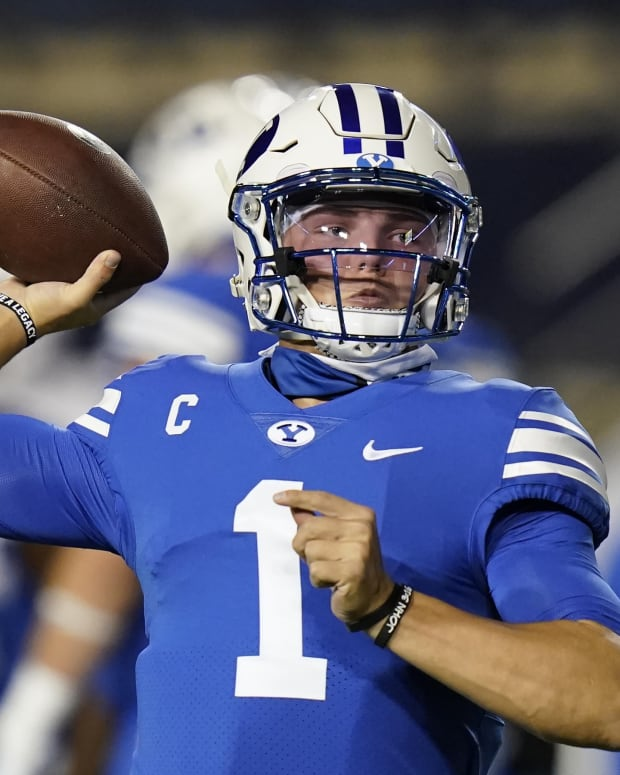 BYU QB Zach Wilson warming up