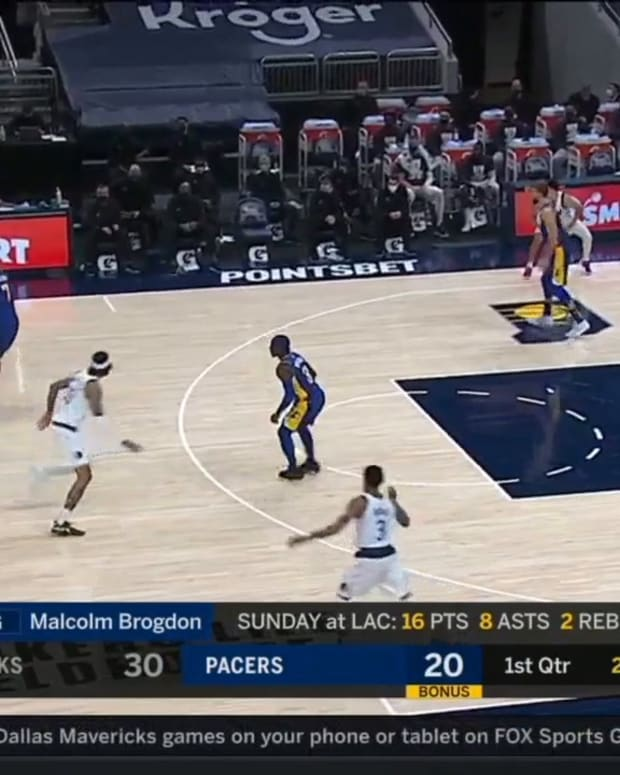 Mavericks Busting The Pacers' Zone
