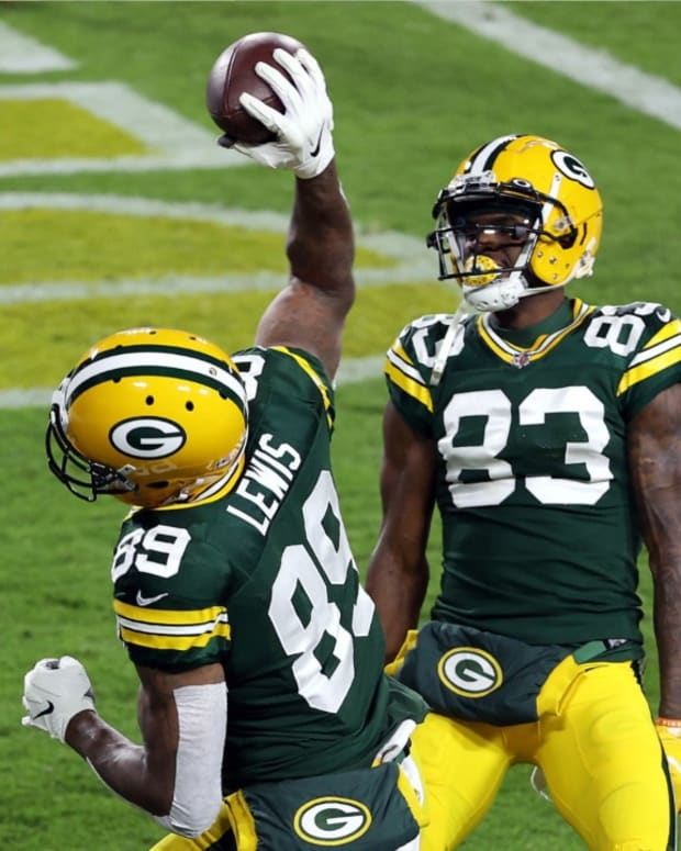 Marcedes_Lewis_on_His_Value_to_Packers_W-600ce9b9e9e3792d42ab2eb4_1_Jan_24_2021_3_43_31_poster