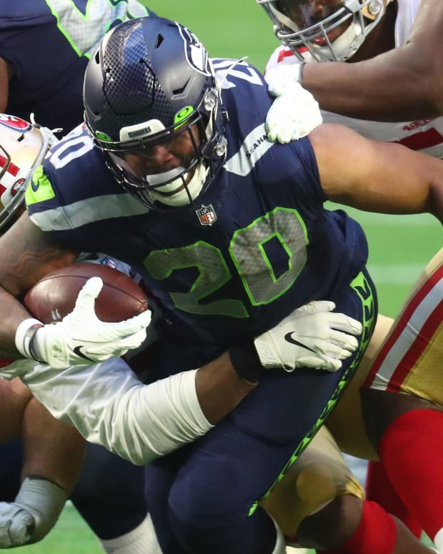 Seattle Seahawks running back Rashaad Penny (20) against the San Francisco 49ers at State Farm Stadium.