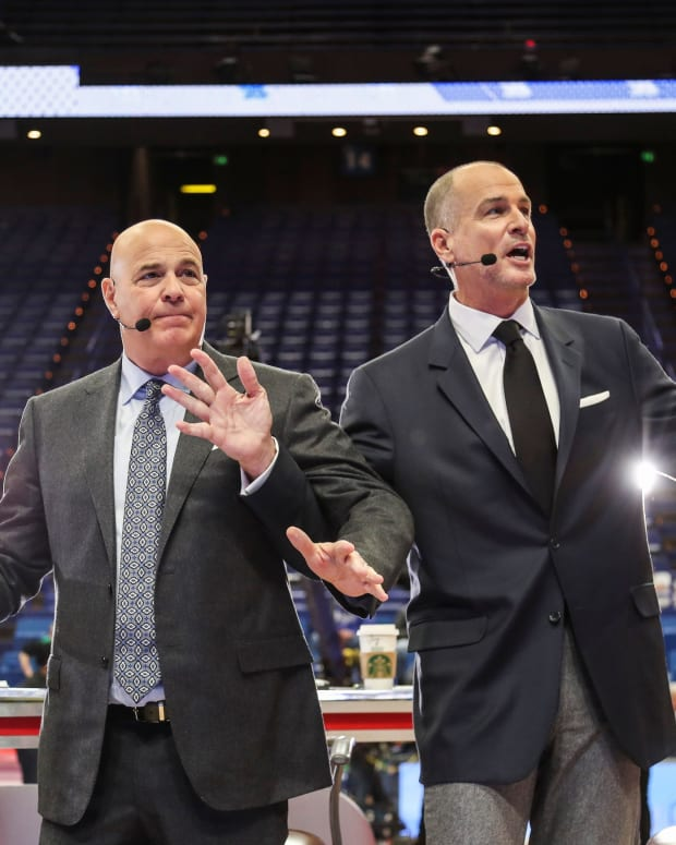 ESPN's Seth Greenberg, left, and Jay Bilas try to explain a flagrant foul situation to fans during the GameDay segment before the Kentucky-Kansas Saturday, January 26, 2019. Espn Gameday At Rupp January 26 2019