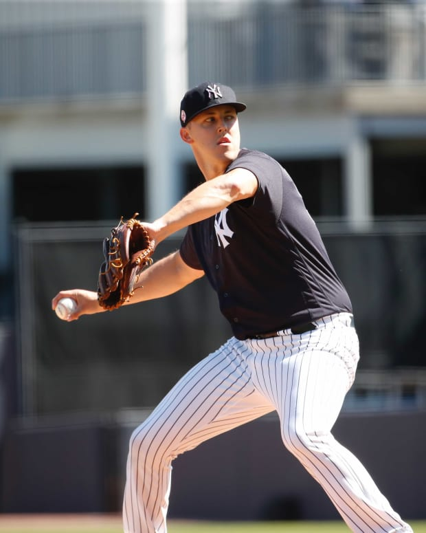Yankees SP Jameson Taillon throws live BP
