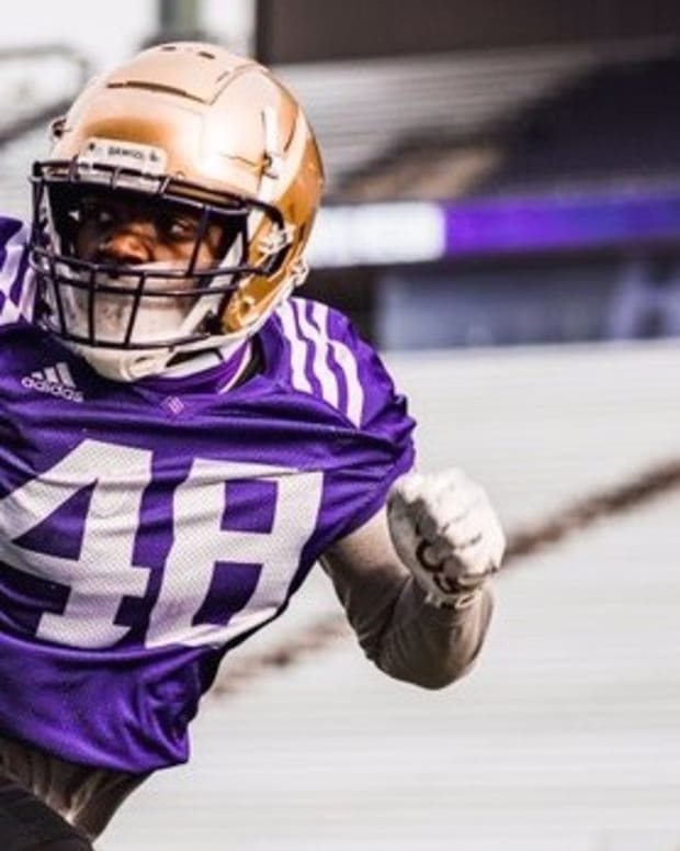 Edefuan Ulofoshio is a former walk-on turned UW standout.