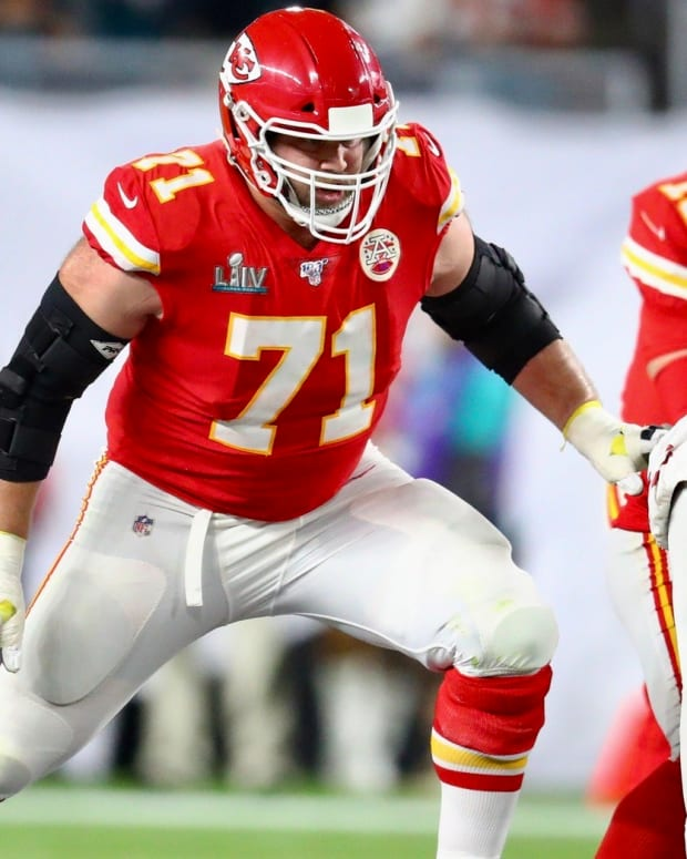 Chiefs tackle Mitchell Schwartz