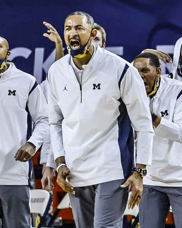 juwan howard michigan basketball