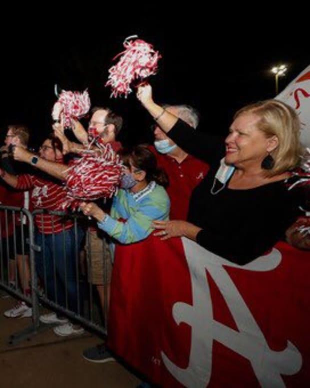 Alabama Basketball Return to Tuscaloosa - Nate Oats - SEC Regular-Season Title