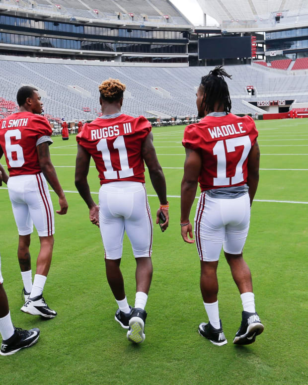 Jerry Jeudy (4) and Henry Ruggs (11) went in the first round of last year's draft, now it will be DeVonta Smith (6) and Jaylen Waddle (17) who do that this year.