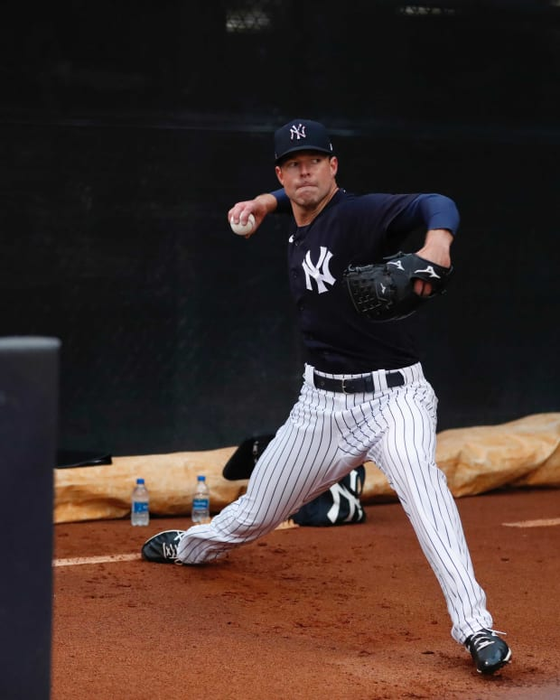 Yankees SP Corey Kluber in bullpen