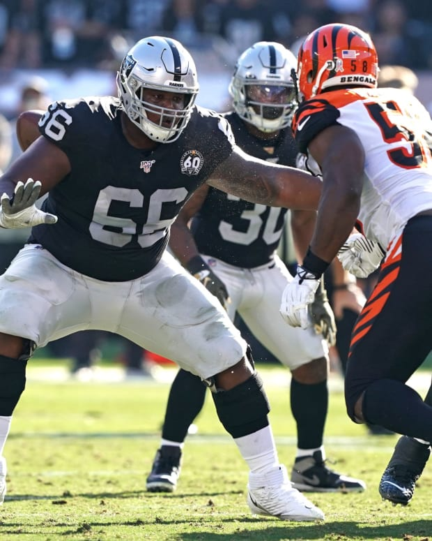 Nov 17, 2019; Oakland, CA, USA; Oakland Raiders offensive guard Gabe Jackson (66) prepares to block Cincinnati Bengals defensive end Carl Lawson (58) during the second quarter at Oakland Coliseum. Mandatory Credit: Darren Yamashita-USA TODAY Sports