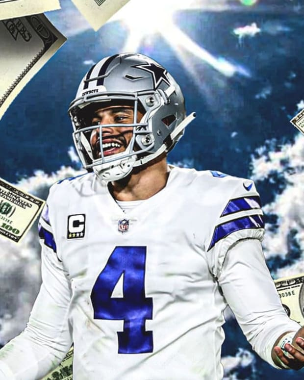 dak cash clutch