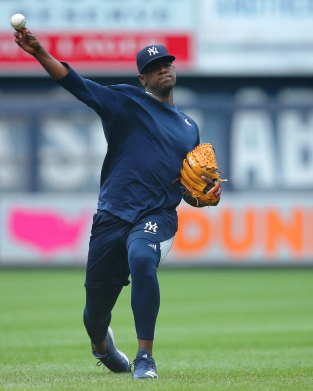 Luis Severino throwing at Yankee Stadium