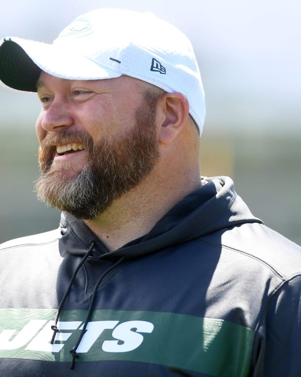 Jets GM Joe Douglas at practice
