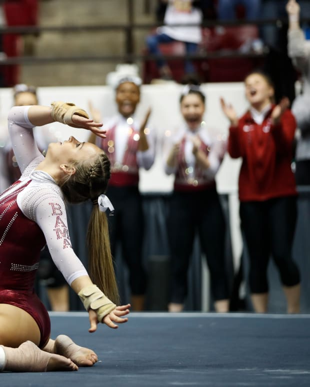 Alabama gymnast Griffin James