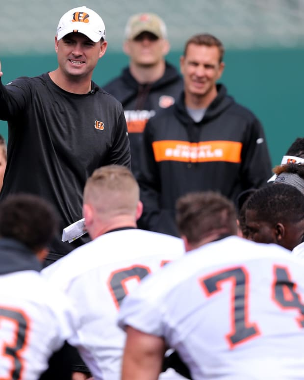 Cincinnati Bengals head coach Zac Taylor addresses the team at the conclusion of Cincinnati Bengals minicamp practice, Thursday, June 13, 2019, at Paul Brown Stadium in Cincinnati. Cincinnati Bengals Minicamp June 13