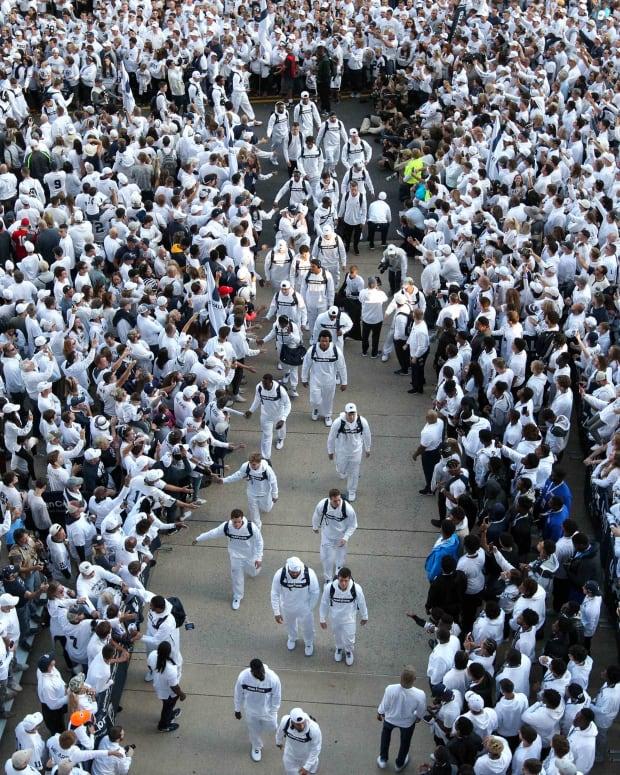 Beaver Stadium crowd