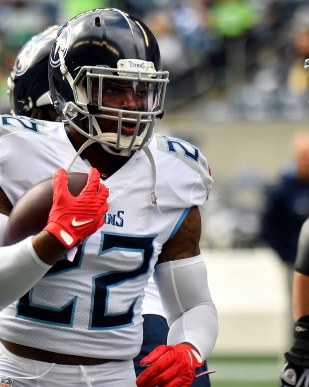 Tennessee Titans running back Derrick Henry (22) warms up before facing the Seahawks at Lumen Field Sunday, Sept. 19, 2021 in Seattle, Wash.