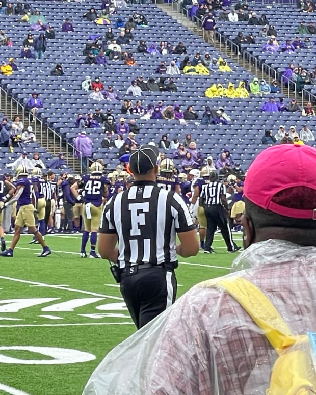 A ground-level view of the UW-Arkansas State game.