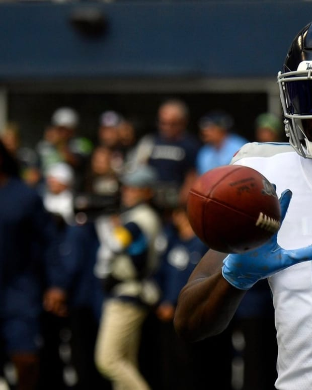 Tennessee Titans wide receiver A.J. Brown (11) warms up before facing the Seahawks at Lumen Field Sunday, Sept. 19, 2021 in Seattle, Wash.