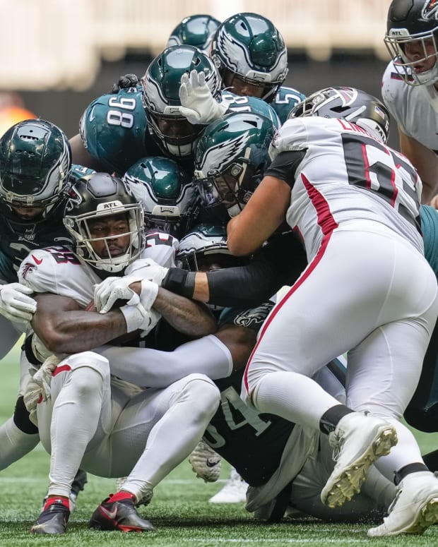 Eagles defense has yet to force a turnover in two games