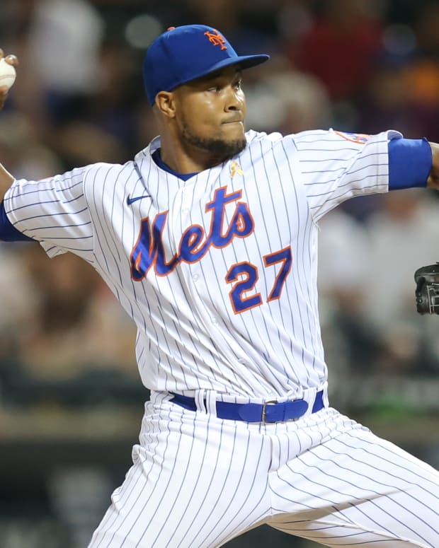 Sep 14, 2021; New York City, New York, USA; New York Mets relief pitcher Jeurys Familia (27) throws against the St. Louis Cardinals during the eighth inning at Citi Field.