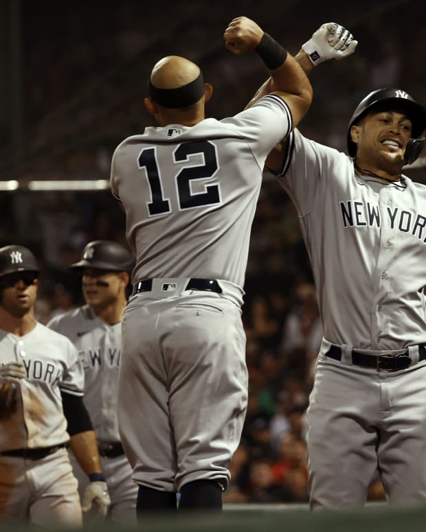 Yankees celebrate Giancarlo Stanton grand slam