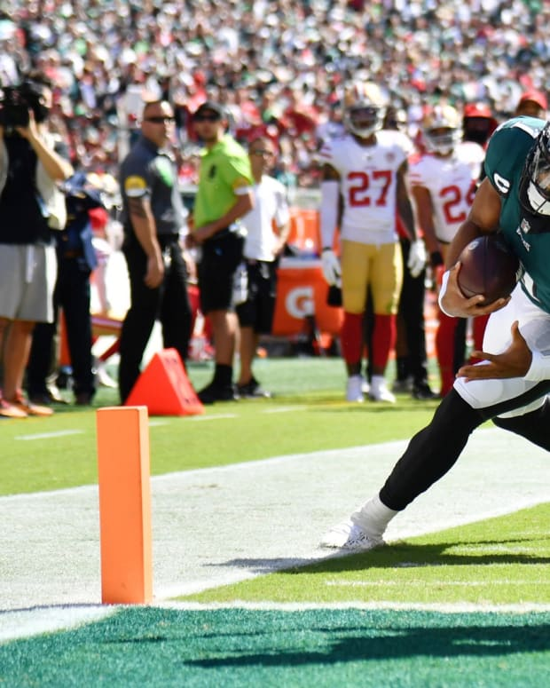 QB Jalen Hurts leads the Eagles in rushing after Week 2
