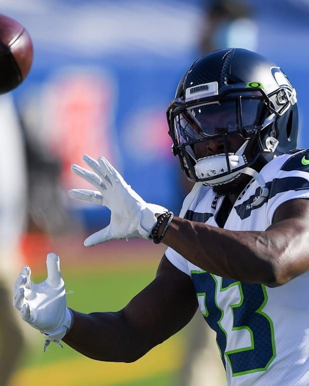Seattle Seahawks wide receiver David Moore (83) warms up prior to the game against the Buffalo Bills at Bills Stadium.