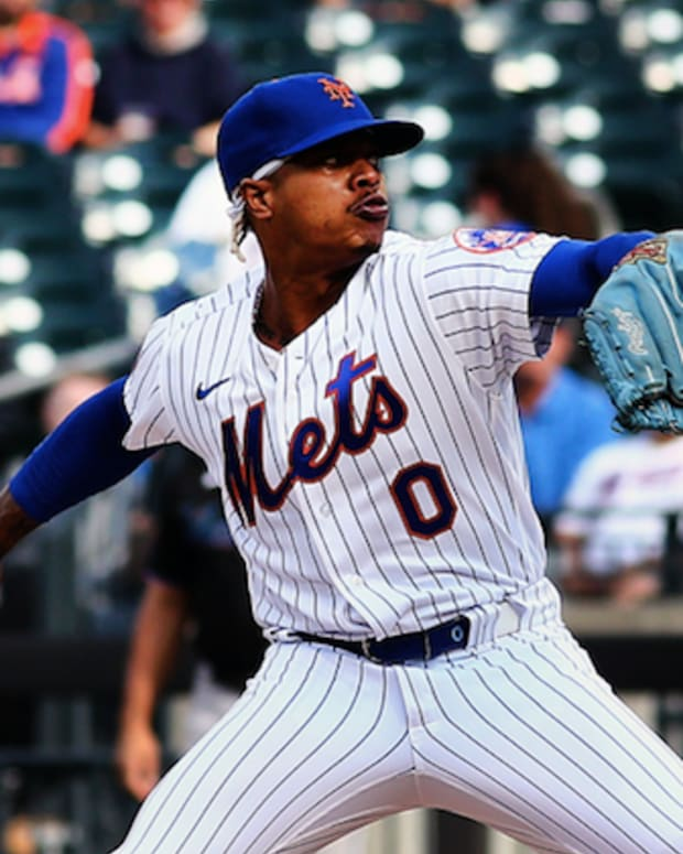 Sep 28, 2021; New York City, New York, USA; New York Mets starting pitcher Marcus Stroman (0) pitches against the Miami Marlins during the first inning of game one of a doubleheader at Citi Field.