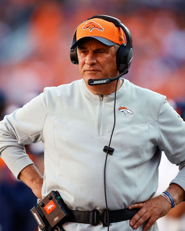 Denver Broncos head coach Vic Fangio in the fourth quarter against the New York Jets at Empower Field at Mile High.