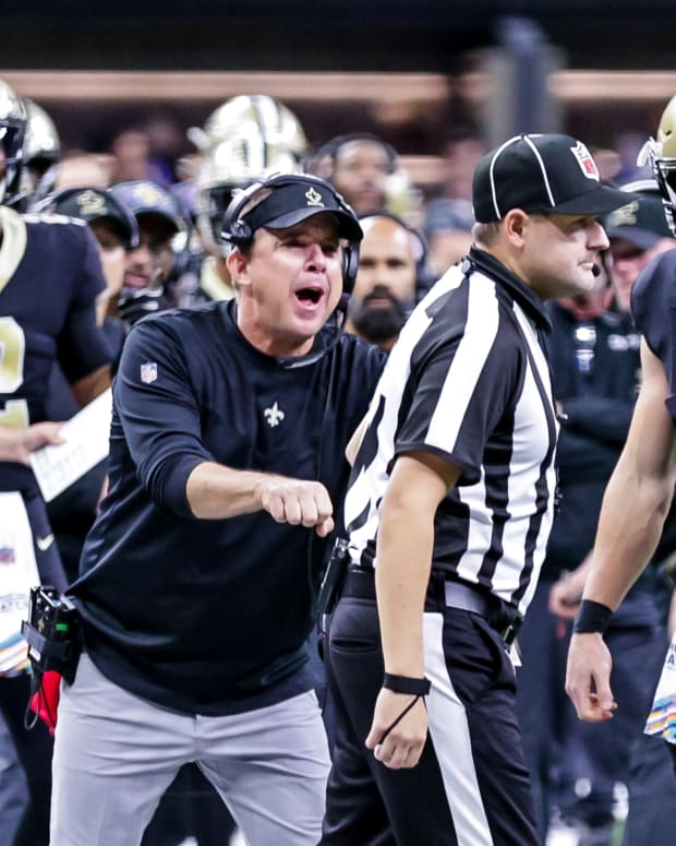 Payton and refs