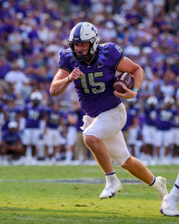 Sep 11, 2021; Fort Worth, Texas, USA; TCU Horned Frogs quarterback Max Duggan (15) in action during the game between the TCU Horned Frogs and the California Golden Bears at Amon G. Carter Stadium. Mandatory Credit: Jerome Miron-USA TODAY Sports