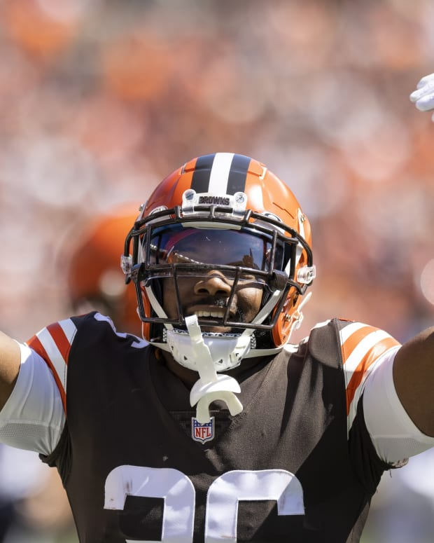 Sep 19, 2021; Cleveland, Ohio, USA; Cleveland Browns cornerback M.J. Stewart (36) celebrates the team s fumble recovery against the Houston Texans during the first quarter at FirstEnergy Stadium. Mandatory Credit: Scott Galvin-USA TODAY Sports